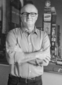 Piotr Nowacki - Prezes/CEO WoodSton